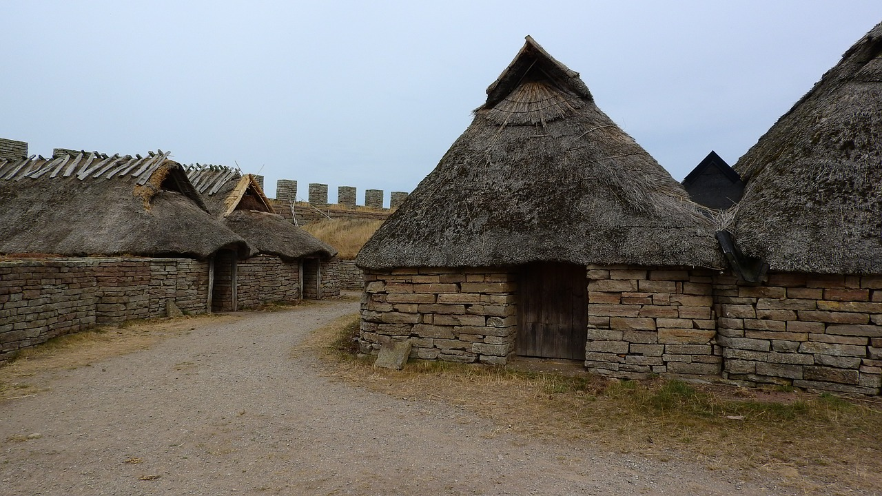 historical-buildings-1008481_1280