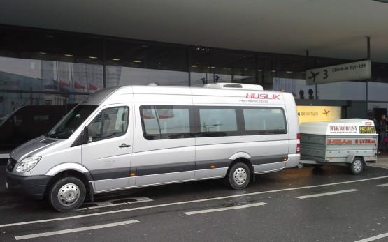 Přeprava osob na letiště mikrobusy