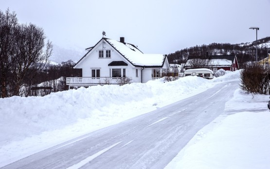 iceland-680689_1920
