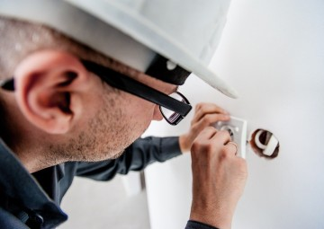 electrician-1080554_1280 (1)